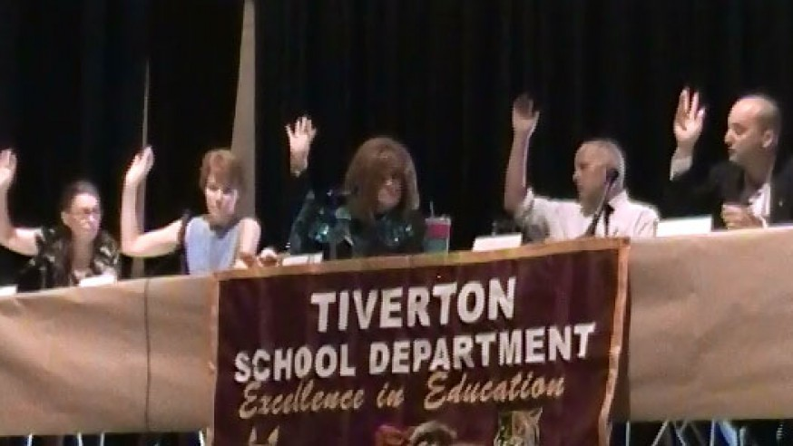 Tiverton School Committee Approves Full-Day K for 2015-2016
