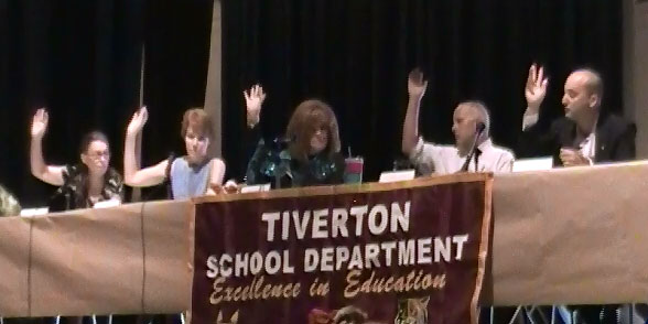 Photo of Tiverton School Committee Approves Full-Day K for 2015-2016